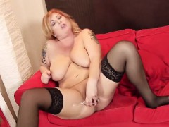 Hot Czech Nympho Spreads Her Wet Cunt To The Special