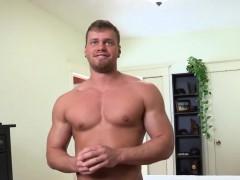 brad-gives-his-loyal-fans-a-striptease