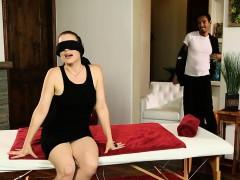 jessica-ryan-fucked-deep-inside-her-twat-on-massage-table