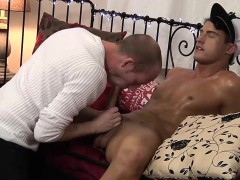 Sexy Brunette Twink Felix Chase Blows The Photographers Cock
