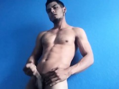 big-dick-amateur-damian-jerking-off
