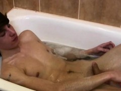 Wet Twink Gets To Butt Toying After A Hot Bubble Bath