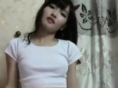 cute-korean-webcam-dancing-part-i