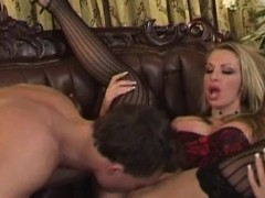 francesca-felucci-wants-that-cock-on-her-mouth