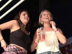 Hot Lassies Have Fun In The Club