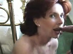 milf-takes-cumload-in-her-mouth
