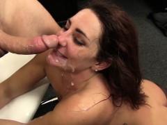 Wankz Sexy Savannah Seduces Her New Boss