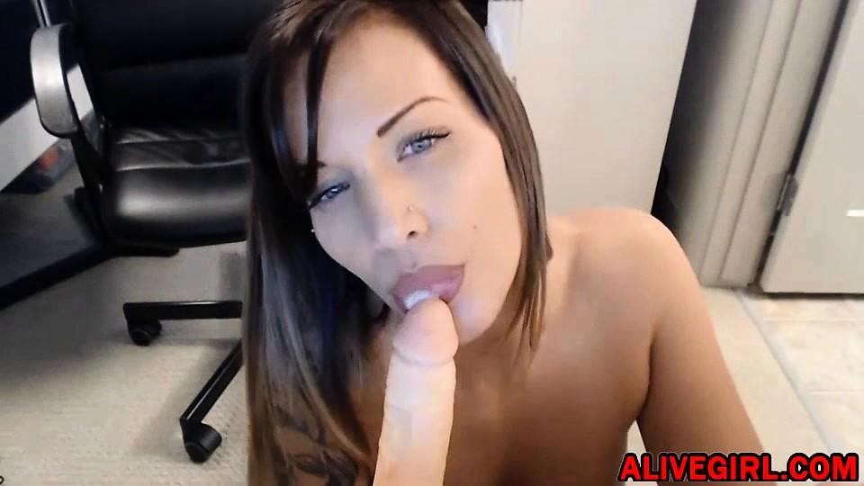 Capri_kartel cam tits fucked