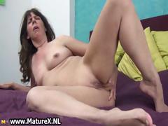 naughty-mature-slut-fucking-her-own-part3