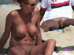 horny-blonde-milf-amateur-close-up-pussy-beach-voyeur-video