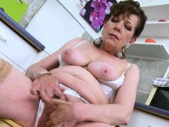 europemature-hairy-pussy-granny-solo-seduction