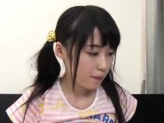 cute-tsuchiya-asami-finger-squirted-then-gives-bj