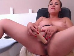 mature-blonde-solo-foreplay