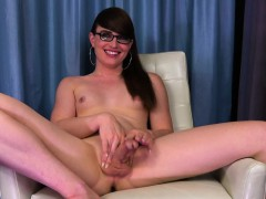 amateur-spex-tgirl-toys-ass-deeply-with-dildo