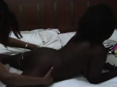busty-and-sexy-african-lesbians-know-what-make-them