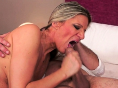 Busty Mature Jizzed On Belly After Sixtynine
