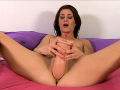 cici rhodes punishes her pink pussy with brutal dildos
