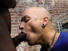 twink-rides-black-dick