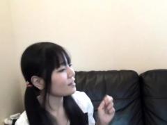 teen-les-fingers-asian