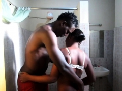 real-african-amateur-black-couple