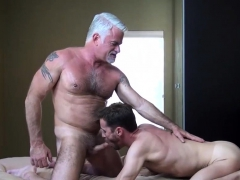 Hunk Gets Ass Creampied