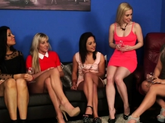 Gorgeous Babes Are Pleasing A Lucky Guy