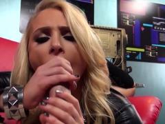 blonde-babe-alix-lynx-sucks-off-the-cameraman