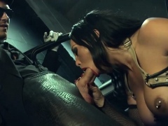sweet-girl-gets-fucked-by-a-stranger