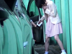 asian-babes-squirt-pee