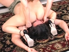lovely-gals-had-fetish-on-smothering