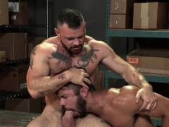 muscle-bear-anal-with-anal-cumshot