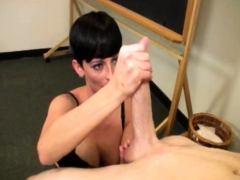 sexy-goth-babe-ivy-reins-gets-busted-in-class-and-as