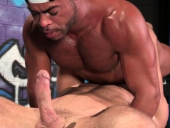big-cock-gay-oral-sex-and-cumshot