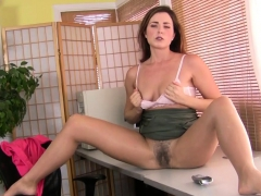 american-milf-vivi-takes-care-of-her-hungry-hairy-pussy