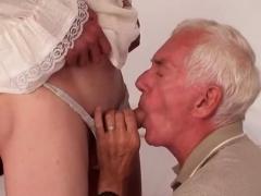 hot-amateur-sex-and-cumshot