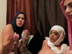 Party Cove Usa Hot Arab Girls Attempt Foursome