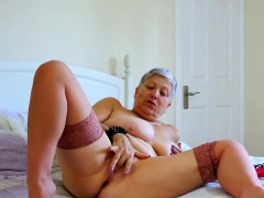 Europemature Huge Breasts Solo Action