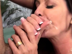 Voluptuous Cougar Fucked And Facialized