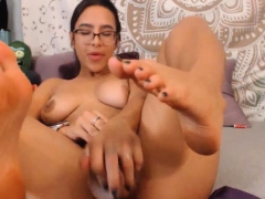 horny-nerd-squirts-after-fucking-her-pussy-with-her-toy