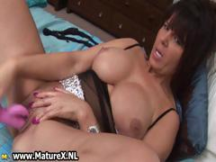 brunette-mature-lady-with-perfect-big-part2