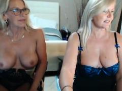 amateur-young-lesbian-webcam