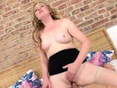 kinky-mature-angelica-doing-her-toyboy