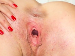 Kinky Czech Nympho Spreads Her Spread Snatch To The P30zvy