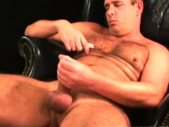 Mature Amateur David Jerking Off