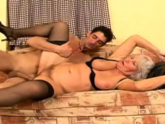 granny-solo-playing-masturbation
