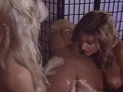 Lesbians In 90s Threeway