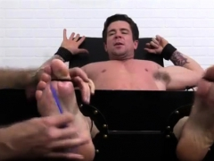 hunks-with-hairy-legs-and-gay-men-best-of-kiss-foot