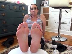 foot-fetish-worship