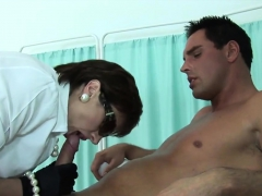 Unfaithful English Milf Lady Sonia Unveils Her Giant 53rsc Porn Video