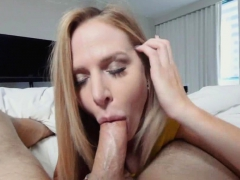 Stepmom Got The Most Relaxing Dick Down Of The Century